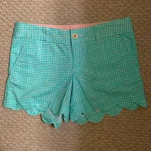 Lilly Pulitzer Size 2 Buttercup Scalloped Shorts